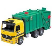 Bruder Deluxe Toy Garbage Truck - Green